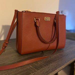 Michael Kors handbag like new